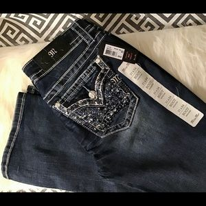 NWT MISS ME Signature Boot 👖👖31